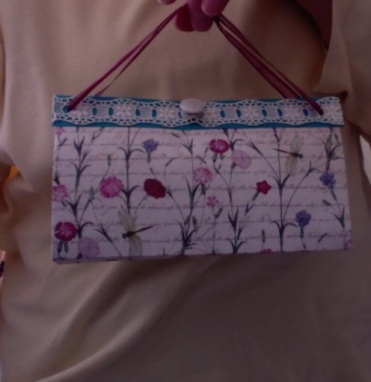 """SOLD Felicity Purse Pink Floral 7"""" x 4"""" x 3.5"""" $25.00"""