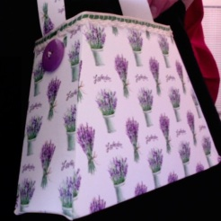 "SOLD Bella Purse Lavender (Private Collection) 7"" x 4.5"" x 2"" $35.00"