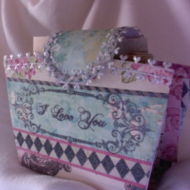 Floral and Diamond Mini Album 2 5″ x 6″ x 2.5″ $62.00