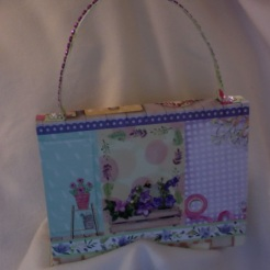 "SOLD Purse Green Garden 7"" x 5.5"" x 2"" $35.00"