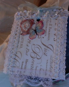 Botanical Tea Lace Gift Tag