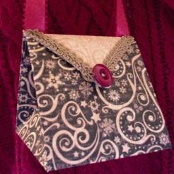 Arielle Purse Brown Gold Swirls 4″ x 4″ x 3.5″ $26.00